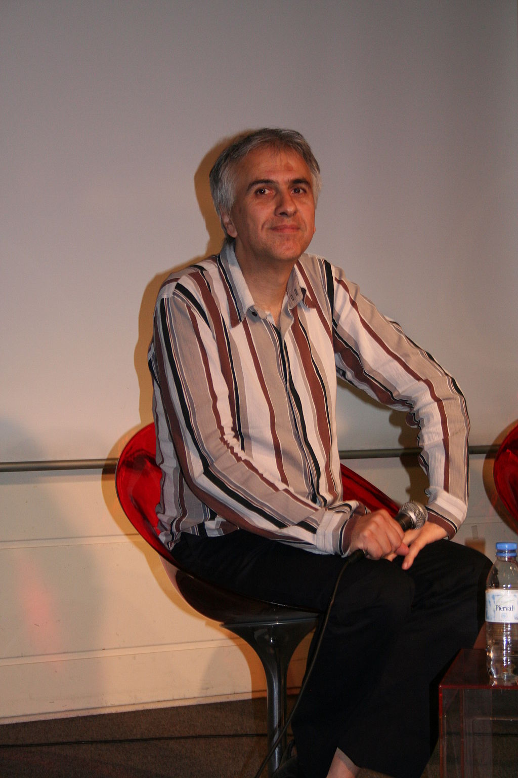 1024px-Bruno_Coulais_20060704_Fnac_03